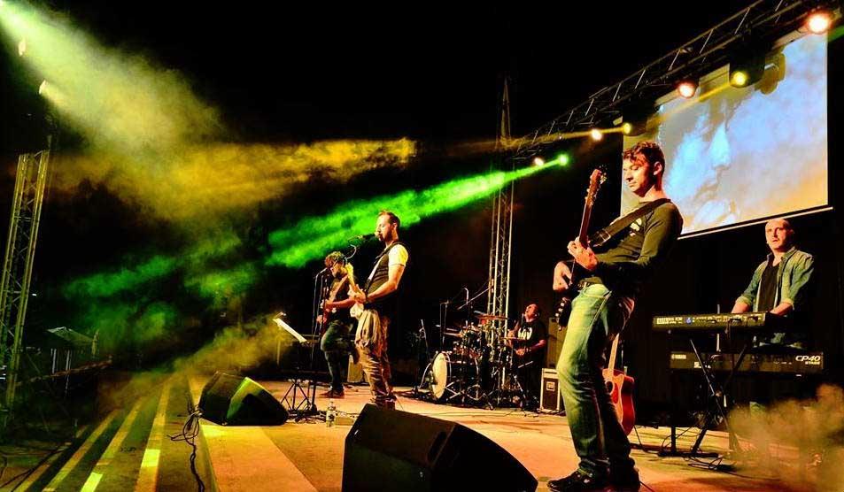 Gli A-Live, la band rock scuote Guidonia. Da 15 anni pura musica
