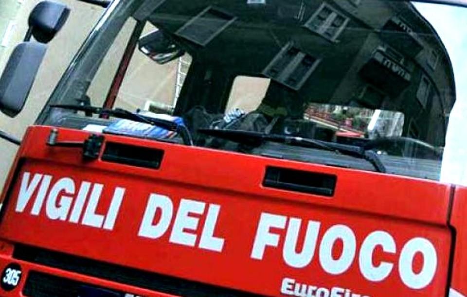 Tivoli, incendio in un appartamento: 65enne muore ustionata
