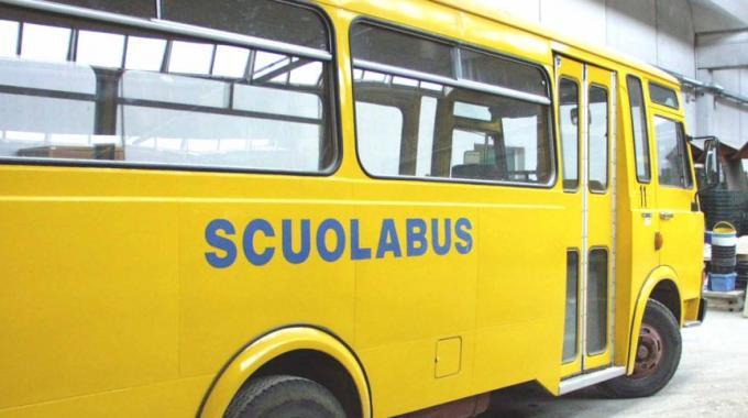 Il servizio scuolabus va a bando ma serve un nuovo Piano: il Comune cerca esperto per 12mila euro