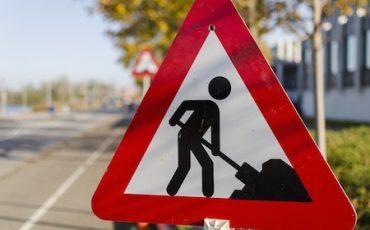 cantieri-e-lavori-in-corso-su-strada-370x230