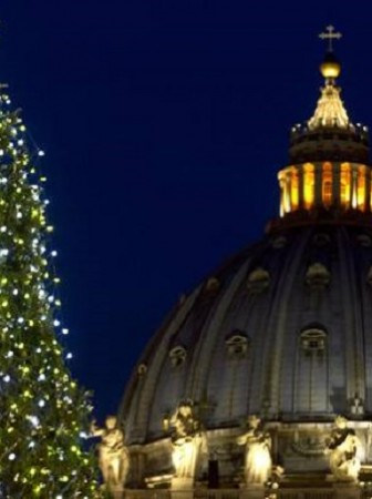 Night view of the Christmas tree on St Peter's square during the lighting ceremony at the Vatican, 16 December 2011. ANSA/CLAUDIO PERI