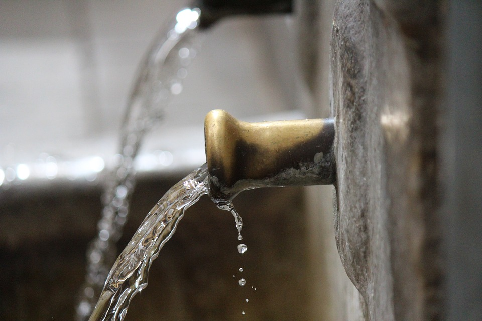 Mentana, si può bere dalle fontanelle: allarme rientrato tra le polemiche - Dentro Magazine