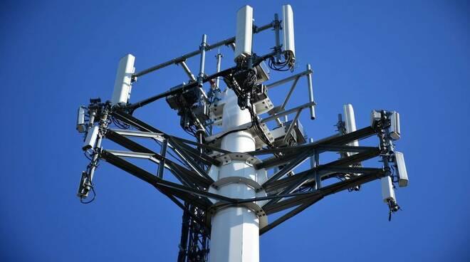 Fonte Nuova, ecologisti in rivolta per la nuova antenna