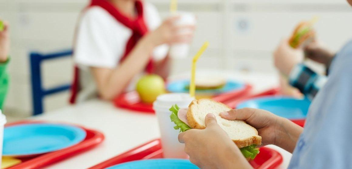 Monterotondo, oggetti metallici nei piatti della mensa scolastica. Il Comune ha inoltrato denuncia