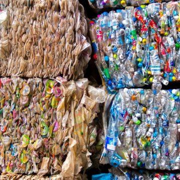 """Guidonia, Polo Civico: """"Quel pasticciaccio brutto dell'appalto dei rifiuti"""""""