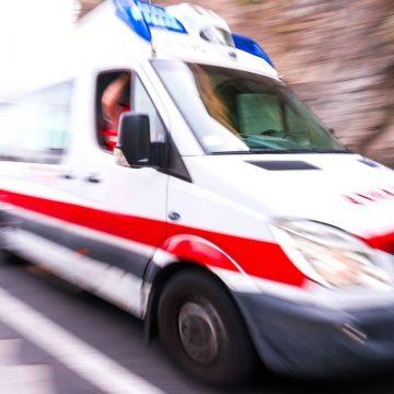 Guidonia, moto travolge due pedoni: morto 47enne