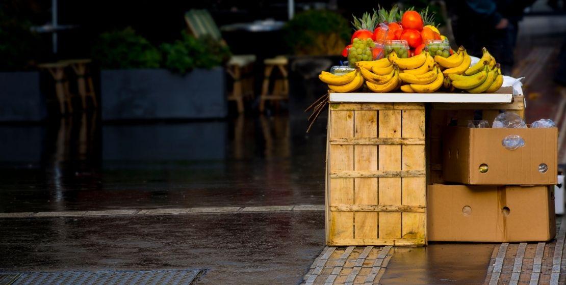 """Guidonia, """"basta frutterie sui marciapiedi"""""""