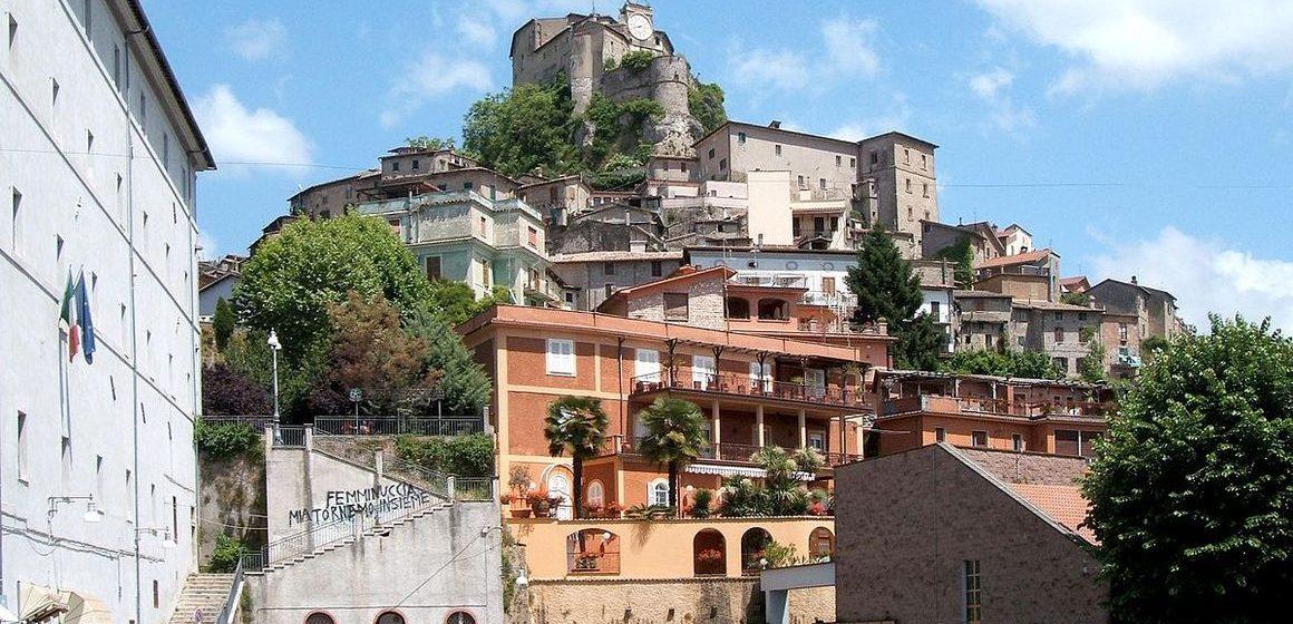 Subiaco conquista la Bandiera arancione del Touring Club Italia