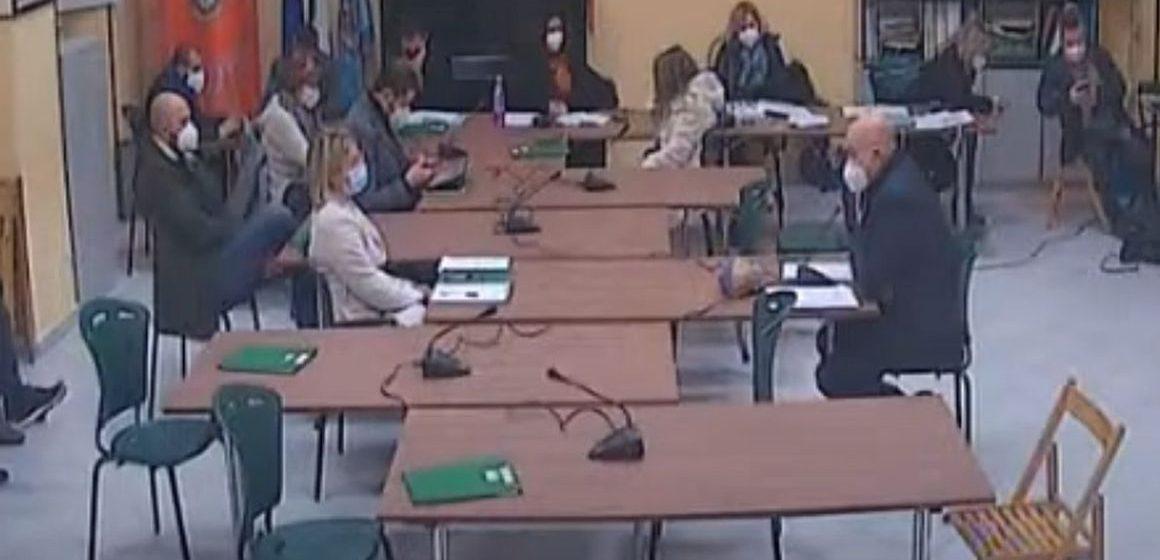 Mentana, bilancio approvato. In Consiglio scontro Benedetti-Petrocchi