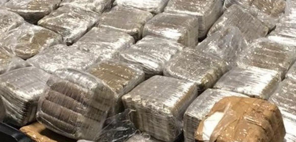 Vicovaro, 100 chili di droga nel doppio fondo dell'auto: 32enne in manette