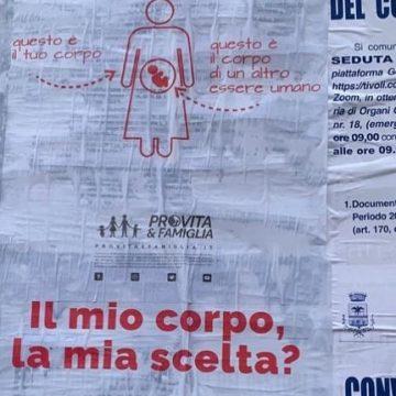 Tivoli, manifesti Pro Vita affissi in città: è polemica