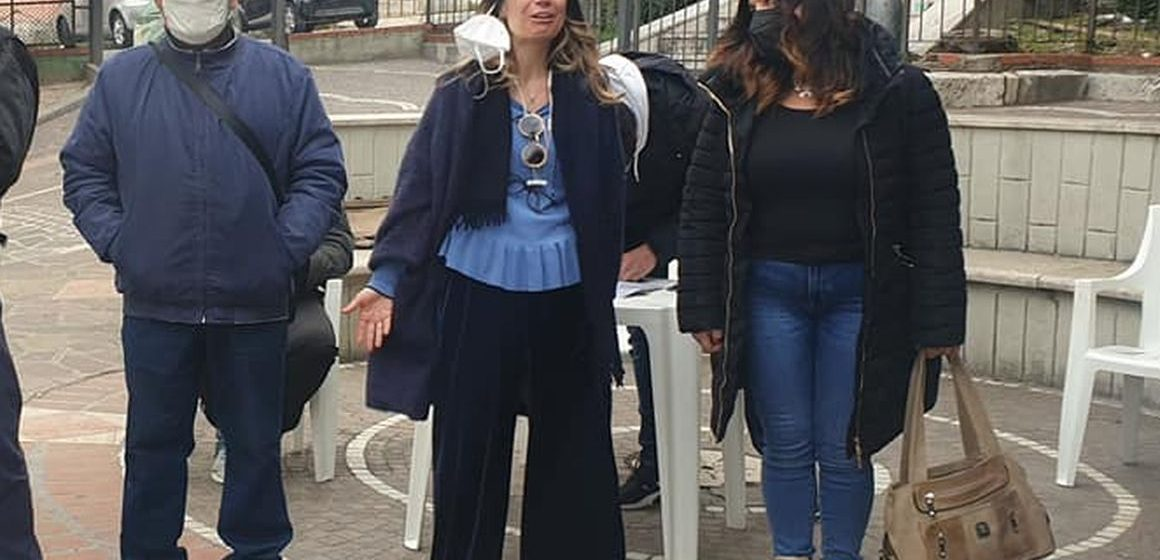 Mentana, petizione della Lega per i marciapiedi di Castelchiodato