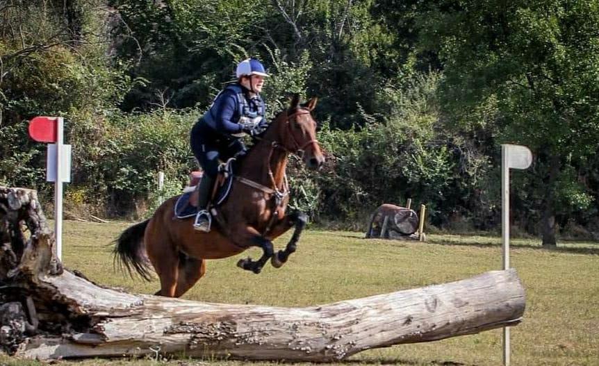 Sant'Angelo ha due campionesse di equitazione