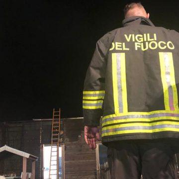 Guidonia, incendio all'asilo comunale: domate le fiamme